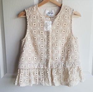 NWOT Atelier Camille Ruffled Lace Shell Size Small